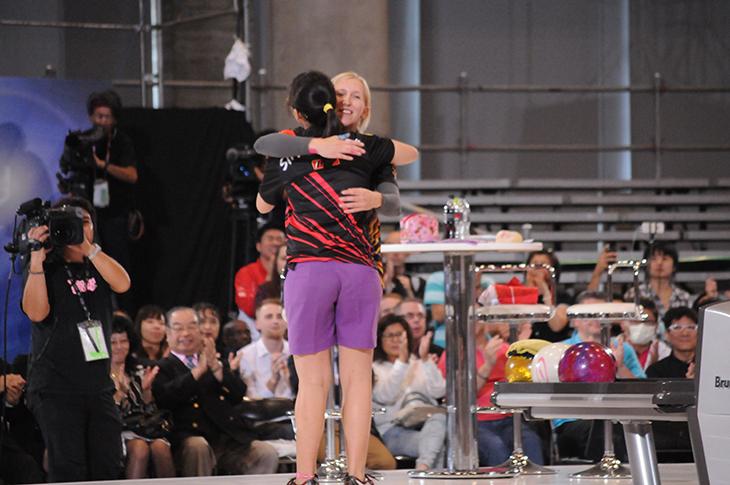 Final Ronnd Joey Yeo (SIN)  Birgit Pöppler (GER)