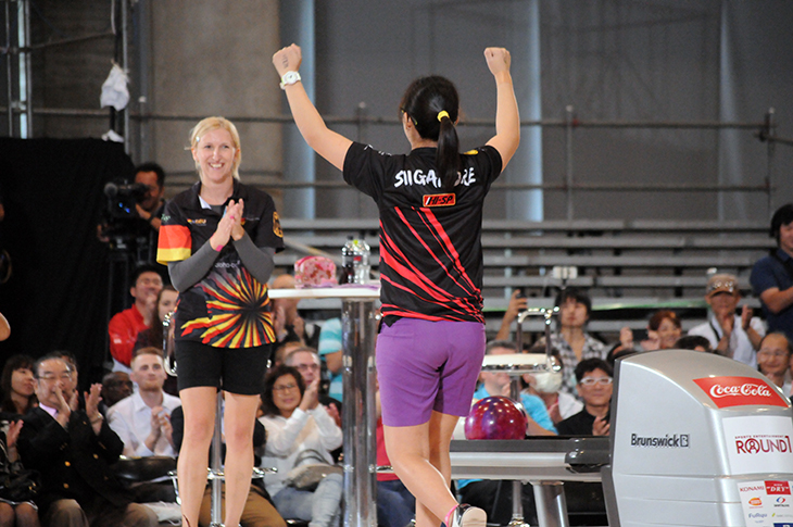 Final Ronnd Joey Yeo (SIN)  Birgit Pöppler (GER)