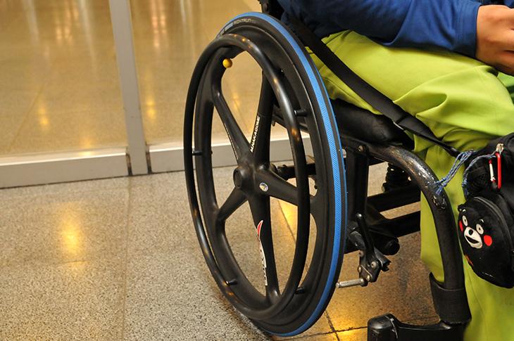車椅子 ボウリング