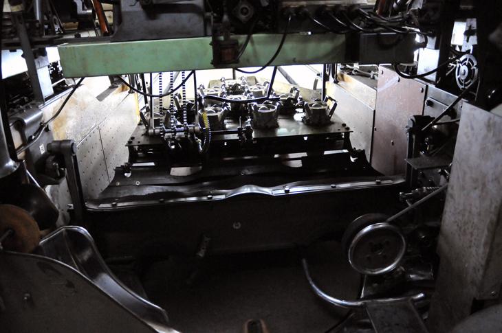 ボウリング 機械